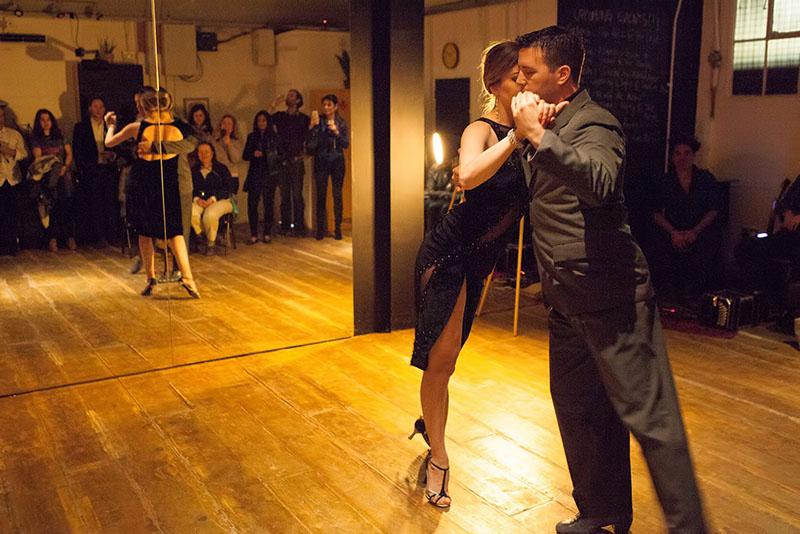 Battersea Spanish Salsa lessons